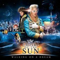 Höre dir das Song Empire Of The Sun Walking on a dream online aus der Wiedergabeliste Beste Trainingslieder kostenlos.